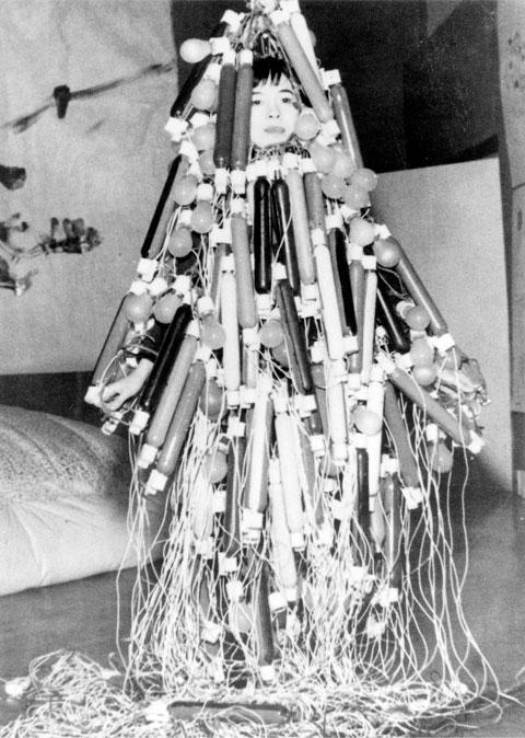 שמלה חשמלית
