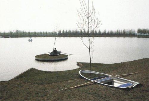ויטו אקונצ'י, אי פרטי, 1992