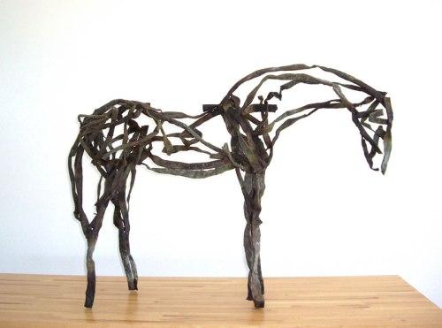 דבורה בטרפילד, סוס