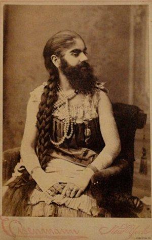 גברת עם זקן. אנני ג'ונס, 1890 (לא התאפקתי בגלל אחדות הניגודים).