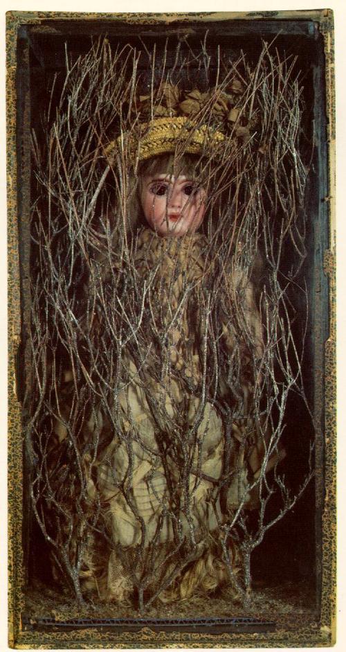 ג'וזף קורנל, מארי התינוקת [הנחבאת בתוך היער] 1940